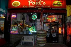 Paul's Da Burger Joint
